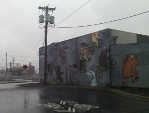 bike-themed mural on approach to Tilikum bridge